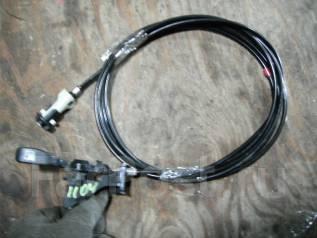 Тросик лючка топливного бака. Toyota Sprinter Carib, AE111G Двигатель 4AFE