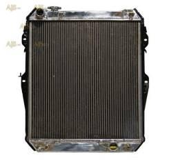 Радиатор охлаждения двигателя. Toyota Hilux Surf Toyota Hilux, KZN130 Двигатель 1KZTE