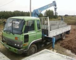 Nissan Condor. Продам грузовик с краном, 7 000 куб. см., 5 000 кг.