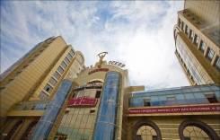 """Продам помещение 1й этаж два отдельных входа в Бизнес центре """"Золотые. Шоссе Восточное 41, р-н Центральный, 200 кв.м."""