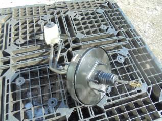 Вакуумный усилитель тормозов. Toyota Noah, AZR65 Двигатель 1AZFSE