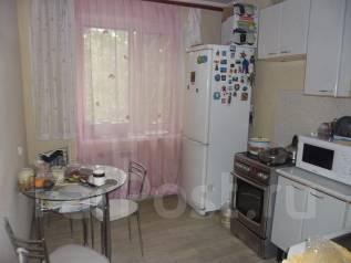 3-комнатная, улица Дзержинского 8. Центральный, агентство, 68 кв.м.