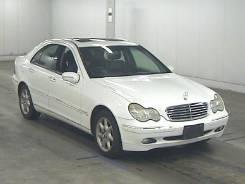 Задняя часть автомобиля. Mercedes-Benz W203 Mercedes-Benz C-Class, W203