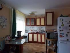 2-комнатная, улица Омская 8. Арсеньева, агентство, 46 кв.м. Кухня