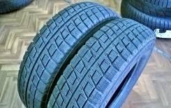 Bridgestone Blizzak Revo2. Зимние, без шипов, 2010 год, износ: 5%, 2 шт