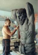Скульптор. Высшее образование по специальности
