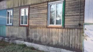 Продам пол дома. Суханова, р-н Центр, площадь дома 37 кв.м., электричество 3 кВт, отопление твердотопливное, от частного лица (собственник). Дом снар...