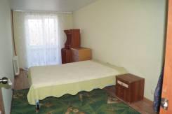 2-комнатная, улица Приморского Комсомола 25. Центральный, частное лицо, 44 кв.м.