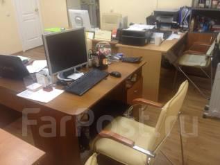Сдам рабочее место в офисе в Хабаровске. 10 кв.м., улица Калинина 71а, р-н Центральный