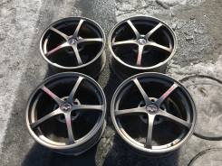 Sparco. 8.0x17, 5x114.30, ET30, ЦО 73,0мм.