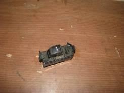 Кнопка стеклоподъемника Toyota Toyota