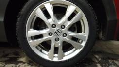 Колеса в сборе Hakkapelita 5 + оригинальные диски Honda 225/45R17. 7.0x17 5x114.30 ET55 ЦО 64,1мм.