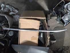 Накладка на дверь. Infiniti EX37, J50 Infiniti EX35, J50 Infiniti QX50, J50 Infiniti EX25, J50 Двигатели: VQ37VHR, VQ35HR, VQ25HR