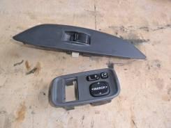 Кнопка управления зеркалами. Toyota Vitz