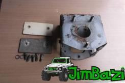 Крепление запасного колеса. Suzuki Jimny, JB23W