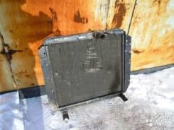 Радиатор охлаждения двигателя. УАЗ Буханка ЗИЛ 4331