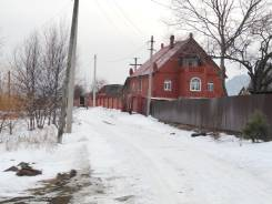 Дом из красного кирпича в ближайшем пригороде. Береговая, р-н Голубовка, площадь дома 140 кв.м., скважина, электричество 15 кВт, отопление электричес...