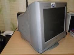 """LG Flatron F730B. 17"""" (43 см), технология CRT (ЭЛТ)"""
