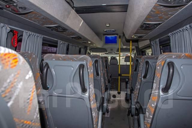 Volkswagen Crafter. Автобус, 2 200 куб. см., 20 мест