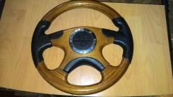 Руль деревянный с кожаными вставками в Арсеньеве