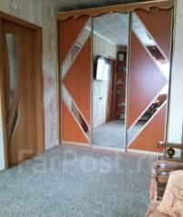 3-комнатная, улица Карбышева 12. 10 км, агентство, 48 кв.м.