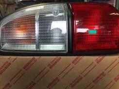 Стоп-сигнал. Toyota Hiace, RH20G, RH32B, RH22B, RH24, RH22G, RH25, RH42B, RH30B, RH11, RH20B, RH30V, RH20V, RH32V, RH22V Toyota Land Cruiser Prado, LJ...