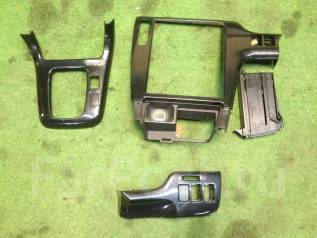 Консоль центральная. Subaru Legacy, BH5, BE5, BE9 Двигатели: EJ206, EJ208, EJ254, EJ204