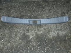 Панель замка багажника. Nissan Cube, AZ10 Двигатель CGA3DE