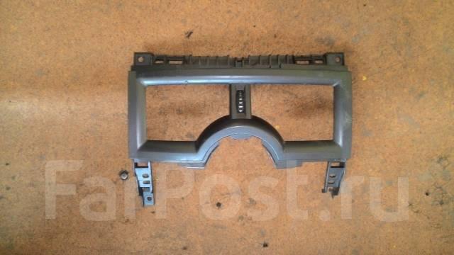 Решетка вентиляционная. Renault Megane, VF1LM1BOH Двигатель K4MD812