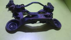 Балка поперечная. Mitsubishi Pajero, V75W Двигатели: 6G74, 6G74GDI