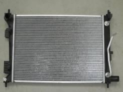 Радиатор охлаждения двигателя. Hyundai Solaris Hyundai i20 Kia Rio