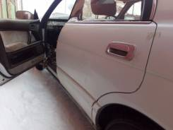 Дверь боковая. Toyota Crown