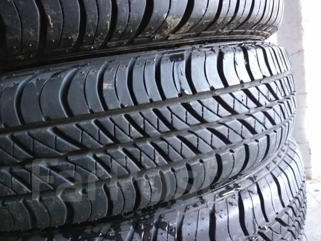 Bridgestone Dueler H/T. Летние, 2015 год, износ: 5%, 4 шт