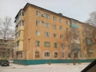 4-комнатная, улица 1 мр-н 15. 1-й микрорайон, частное лицо, 60 кв.м. Дом снаружи