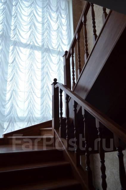 Продам уютный коттедж. Ул. Невельского, р-н п. Врангель, площадь дома 180кв.м., скважина, отопление электрическое, от частного лица (собственник). И...