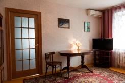 3-комнатная, улица Постышева 29. Столетие, частное лицо, 54 кв.м. Комната