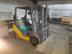 Komatsu. Отличная кара, 2 000 куб. см., 1 500 кг.