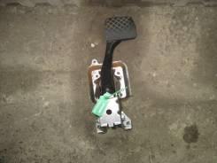 Педаль тормоза. Skoda Octavia