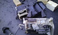 Корпус радиатора отопителя. Toyota Land Cruiser, UZJ100, UZJ100W, UZJ100L Двигатель 2UZFE