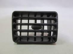 Дефлектор торпеды Mazda Bongo Friendee черный, №S09A6491X Япония б/у (3147)