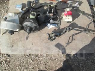 Трапеция дворников. Toyota Hilux Surf, KZN185 Двигатель 1KZTE