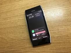 Nokia X7-00. Б/у