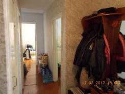 2-комнатная, проспект 50 лет Октября 24. Универсам, частное лицо, 56 кв.м. Прихожая