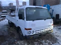 Nissan Condor. Пробам бортовой грузовик 1991 год, 3 465 куб. см., 3 000 кг.