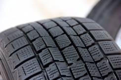 Dunlop. Зимние, без шипов, 2012 год, износ: 20%, 2 шт