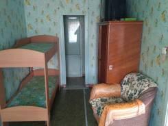 2-комнатная, улица Адмирала Макарова 7. Возле полиции, возле 3 школы, частное лицо, 45 кв.м.