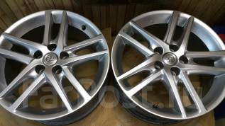 Toyota Crown. 8.0x18, 5x114.30, ET45, ЦО 60,1мм.