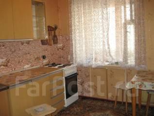 1-комнатная, улица Ульяновская 10/2. БАМ, агентство, 36 кв.м.