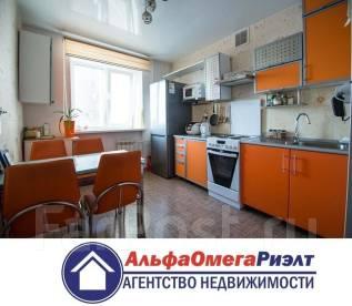 3-комнатная, улица Горького 73. центр, агентство, 70 кв.м. Кухня