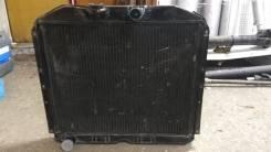 Радиатор охлаждения двигателя. Урал 375
